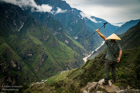 Hike tiger leaping Gorge